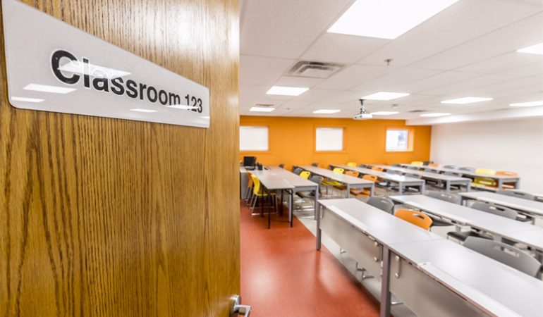 Private high school in ontario small class sizes