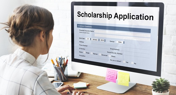 Cestar High School student applying to scholarships in Toronto.